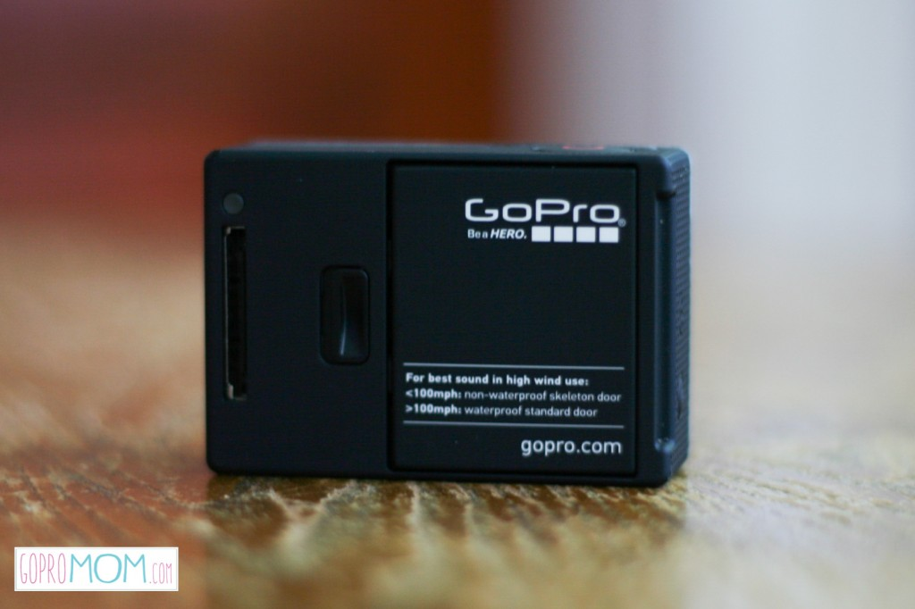 No Viewfinder - back of the GoPro camera - gopromom.com